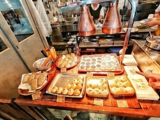優しい味の台湾お惣菜パンの写真・画像素材[2490840]