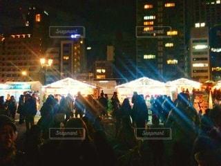 クリスマスマーケットの屋台の写真・画像素材[2856604]