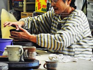 陶芸教室の先生👩🏫の写真・画像素材[2497740]