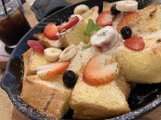 食べ物の皿の写真・画像素材[2505494]