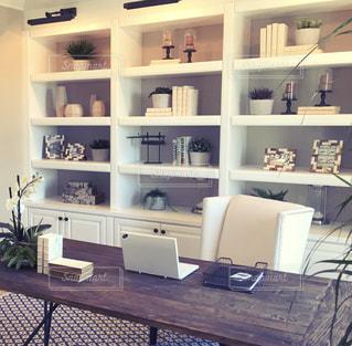 オフィス,ノートパソコン,デスク,PC,ビジネス,ルーム,リモートワーク,ビジネスシーン