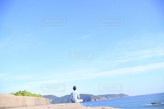 夏空と僕と海の写真・画像素材[2610645]