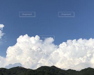 空に雲の群しをするの写真・画像素材[2430703]