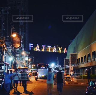 夜,ネオン,街,旅行,タイ,繁華街,フィルム,パタヤ,フィルム写真,フィルムフォト