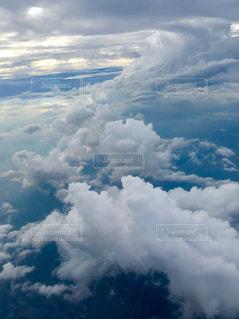 青空と雲の写真・画像素材[2436487]