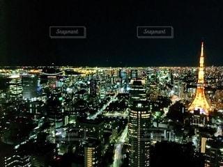 夜の街の眺めの写真・画像素材[2718611]