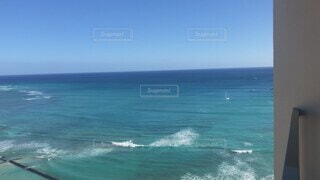 自然,風景,海,空,屋外,南国,サーフィン,ビーチ,綺麗,青空,島,青,波,水面,海岸,アメリカ,日差し,観光,樹木,旅行,ホテル,ハワイ,Hawaii,Honolulu,ホノルル,オーシャンビュー,日中,Hotel,快適,高層階,ハイアット,hyatt,Hi