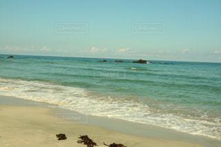 海の隣の砂浜の写真・画像素材[3557899]