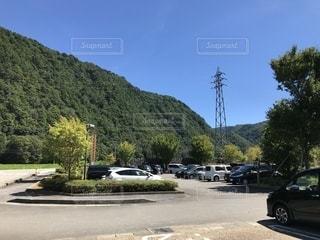 青空,駐車場,山,キャンプ場,フィルム,夏山,フィルム写真,フィルムフォト