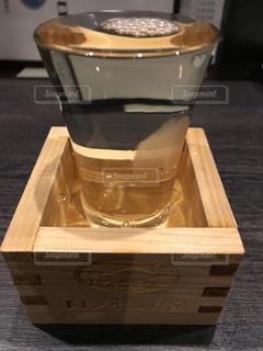 日本酒,食器,グラス,升,乾杯,ドリンク,居酒屋,アルコール,冷酒,大吟醸