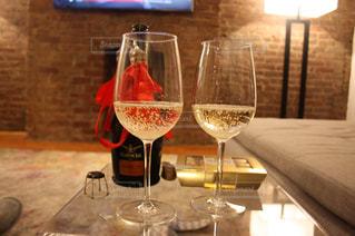 夜,海外,アメリカ,リボン,ワイン,グラス,NY,お祝い,乾杯,ドリンク,スパークリング,セレブレーション