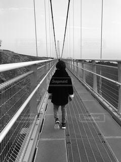 自然,空,橋,後ろ姿,フィルム,男の子,息子,フィルム写真,三島スカイウォーク,フィルムフォト
