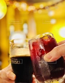 グラス,ビール,乾杯,飲み会,ドリンク,バル,カンパイ
