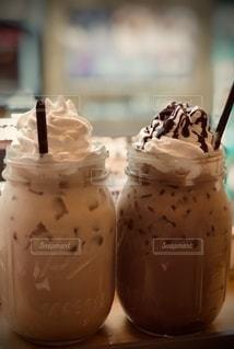 アイスコーヒーでカンパイ!の写真・画像素材[2641973]