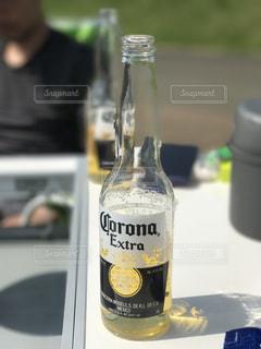 夏,屋外,瓶,テーブル,リラックス,グラス,ビール,キャンプ,乾杯,野外,ドリンク,コロナ,corona