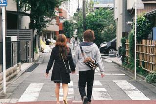 街を歩いている人の写真・画像素材[1214472]