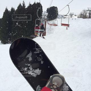1人,アウトドア,空,スポーツ,雪,屋外,人物,スキー,スノボ,ゲレンデ,レジャー,スノーボード,斜面