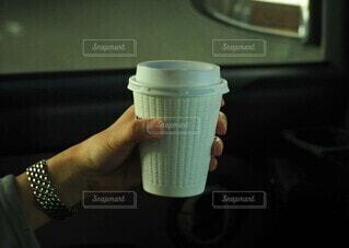 コーヒーと時計の写真・画像素材[3793195]