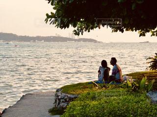 風景,カップル,ビーチ,夕暮れ,水面