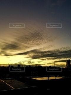 神々しい夕暮れの写真・画像素材[2627828]