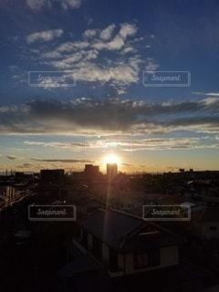 空,街並み,太陽,雲,光,朝陽,ドラマチック,インスタ映え