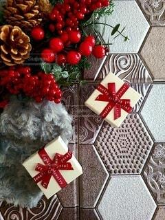 クリスマスをイメージしたギフトの写真・画像素材[3923130]