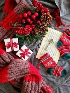クリスマスをイメージしたギフトの写真・画像素材[3923125]