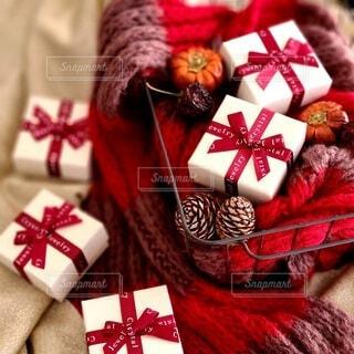 クリスマスをイメージしたギフトの写真・画像素材[3923126]