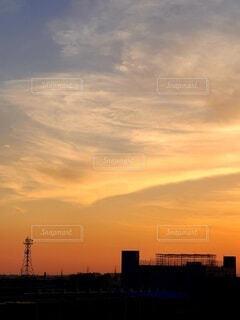 秋の夕焼けの写真・画像素材[4898722]
