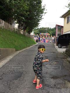 夏祭りの誘いの写真・画像素材[2487656]