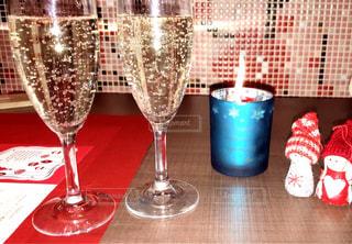 飲み物,屋内,ガラス,テーブル,イベント,食器,ワイン,グラス,カクテル,乾杯,ドリンク,パーティー,手元,ソフトド リンク