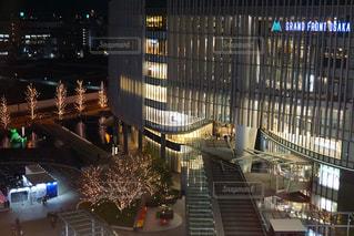 建物,イルミネーション,都会,高層ビル,アンバサダー,グランフロント大阪,シャンパンゴールド