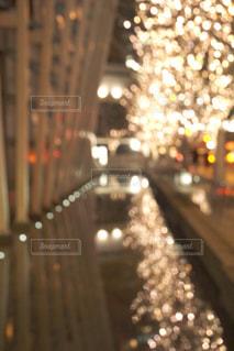 建物,夜,屋外,綺麗,水面,イルミネーション,都会,キラキラ,明るい,通り,アンバサダー,グランフロント大阪,シャンパンゴールド