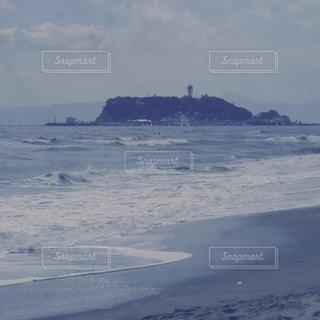 江ノ電で海へ。の写真・画像素材[2488381]