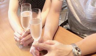 カップル,夫婦,グラス,記念日,乾杯,ドリンク,デート,婚約,彼と,彼女と,シャンバン
