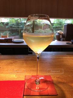 ワイン,グラス,和食,乾杯,ドリンク,賛否両論