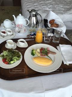 ルームサービスでまったりの朝食 🍴の写真・画像素材[2604892]