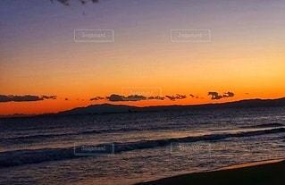 夕方の海岸の写真・画像素材[2650204]