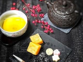 和菓子でお茶タイムの写真・画像素材[2967776]