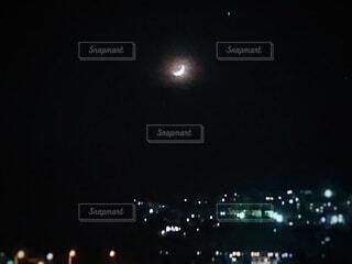 おぼろ月夜の写真・画像素材[3919852]