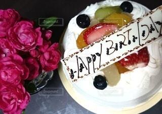 バースデーケーキの写真・画像素材[3957294]