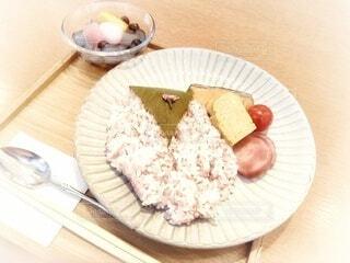 桜おこわセットの写真・画像素材[4330824]