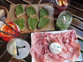 チーズ,グラス,ハム,乾杯,ドリンク,バジル,モヒート,サングリア,モッツァレラ,カンパリ,アペロール