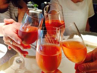 20代,グラス,乾杯,フレンチ,ドリンク,女子会,スパークリング,ロゼ