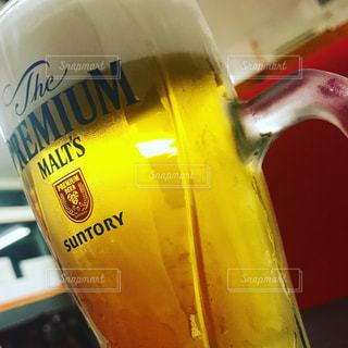 散歩,都会,旅,グラス,ビール,乾杯,さんぽ,ドリンク,ジョッキ,アルコール,生ビール,雨の日,ぶらり旅,小旅行,旅行記,フォトコンテスト,乾杯フォト