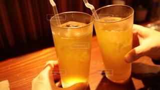 飲み物,お酒,夫婦,グラス,お茶,乾杯,ドリンク,居酒屋,素敵,アルコール,緑茶,晩酌,夜ご飯,ノンアルコール,お疲れ様,ソフトドリンク
