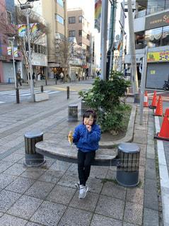 街の通りを歩く人の写真・画像素材[2547603]