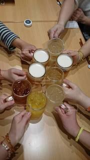 ライブ終わりに乾杯の写真・画像素材[2540237]