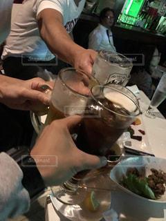仲良し,グラス,ビール,コーラ,乾杯,夕食,飲み会,ドリンク,友達