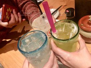 お酒,グラス,乾杯,ドリンク,女子会,居酒屋